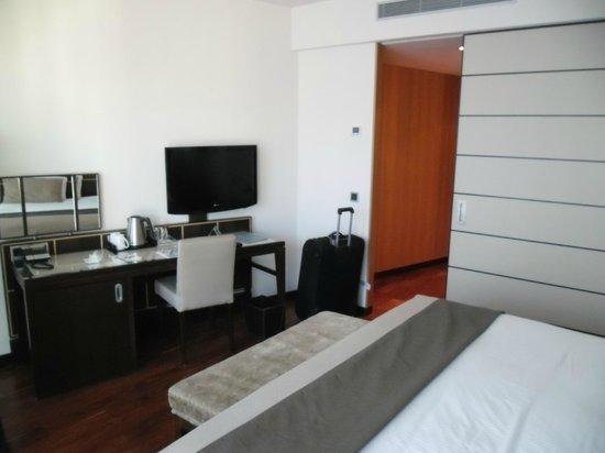 Eurostars Berlin Hotel: Corner Room