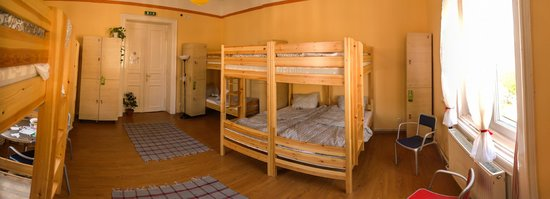 West Side Hostel : 10 bedded room