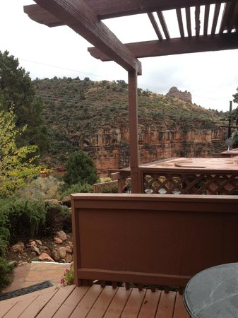 Sedona Views Bed and Breakfast: Our view from our room.