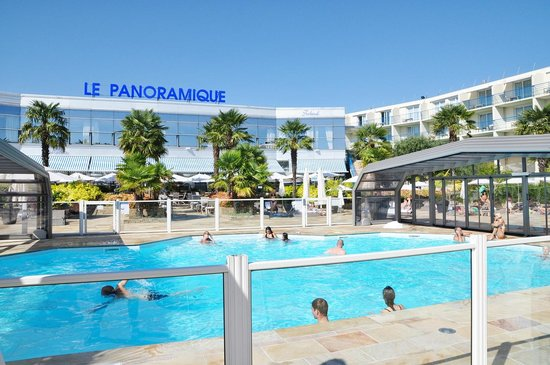 La piscine photo de westotel nantes atlantique la for Piscine nantes