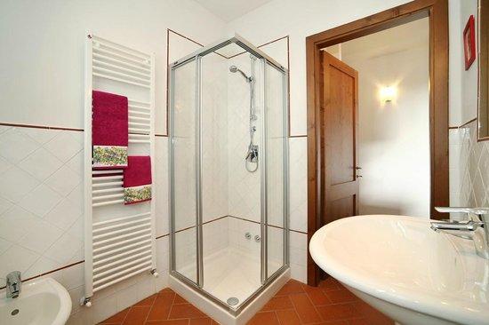 La Compagnia del Chianti - Prices & Condominium Reviews (San ...