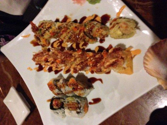 Kawa Japanese Restaurant: Sushi plate