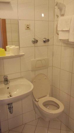 Hotel Colonia : Lavabo, Toilette