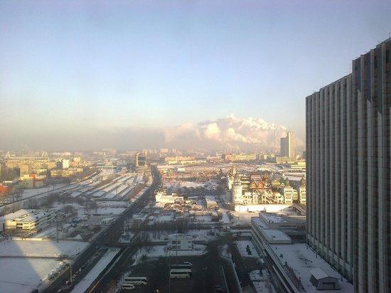 Vega Hotel & Convention Center: Вид из окна на Измайловский кремль