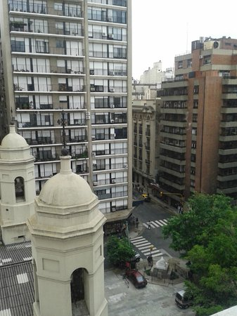 Argenta Tower Hotel and Suites: Vista da janela do quarto