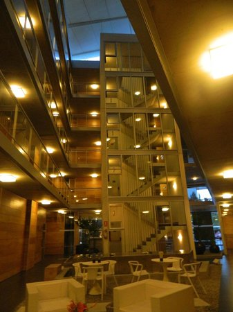 Costa Colonia Riverside Boutique Hotel: Interiores del hotel