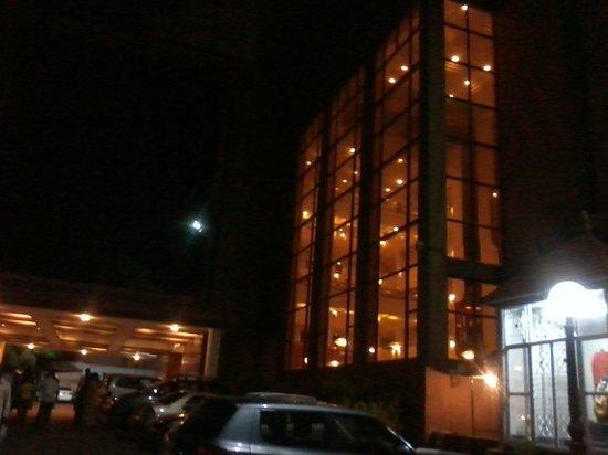 Radisson Blu Atria Bengaluru: Hotel Atria