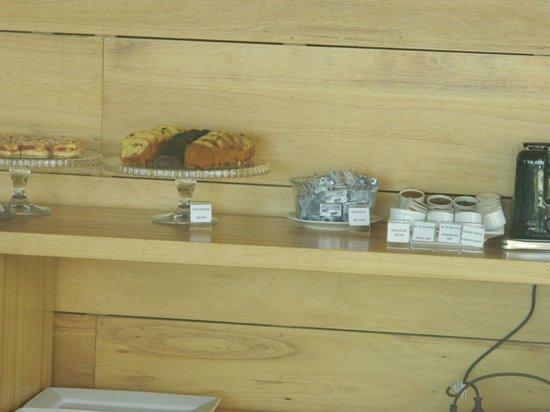Costa Colonia Riverside Boutique Hotel: Desayuno