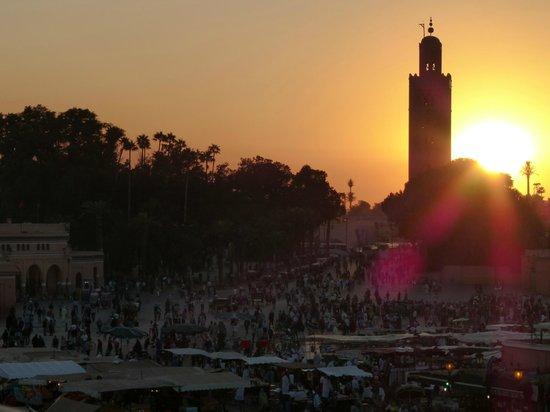 Riad Matham : plaza