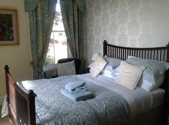 Bank House Bed and Breakfast: Room one