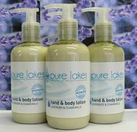 Bank House Bed and Breakfast: Pure lakes environmentally friendly toiletries