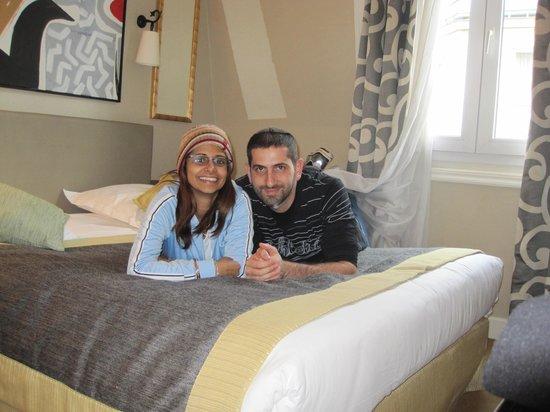 Hotel du Bois: The nice room we got