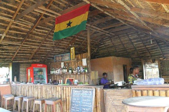 Stumble Inn: Ding & bar area
