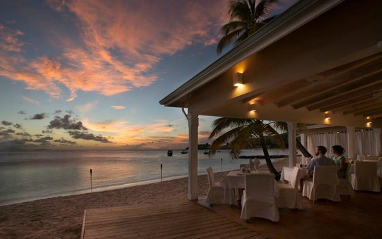 Curtain Bluff Resort: Seagrape Restaurant