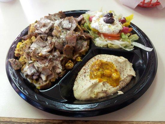 Heart of Jerusalem Cafe: Ultimate plate....excellent lamb!
