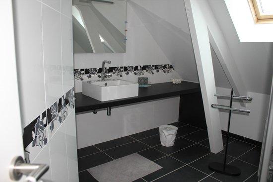 Chambres d'hôtes au pays de Valençay en Berry : salle de bains