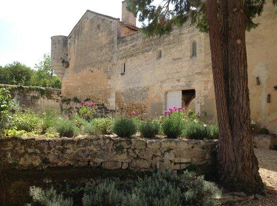 Chateau de Vieux Mareuil: la façade