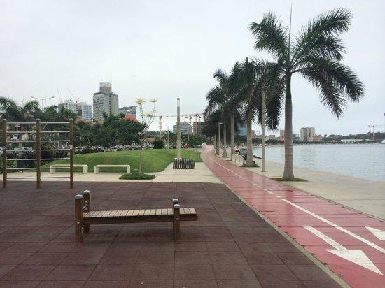 Skyna Hotel Luanda : Waterfront
