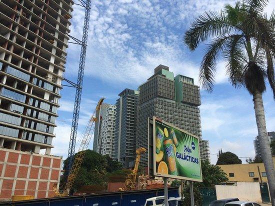 Skyna Hotel Luanda : Booming Luanda