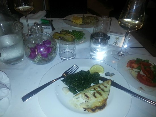 Lafodia Hotel & Resort: Great fish course for dinner.