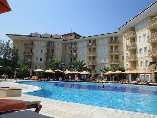 Akka Claros Hotel : Вид на здание отеля
