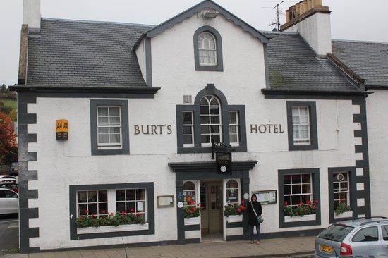 Burt's Hotel : Don't Pass This Front Door