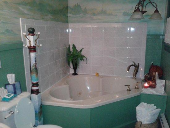 Gilded Swan Bed And Breakfast Ashtabula Ohio
