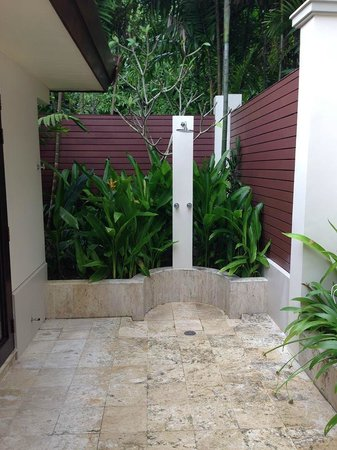 Trisara : Outdoor private shower!