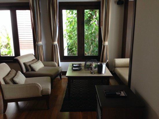 Trisara: Living room