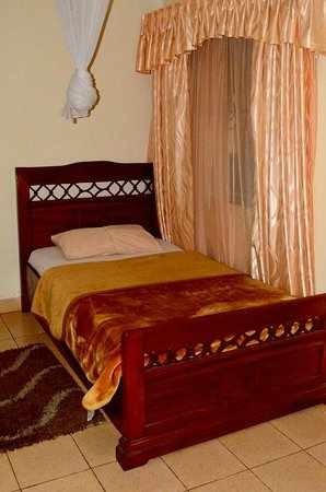 Maraa Bed and Breakfast Guest House: Beds