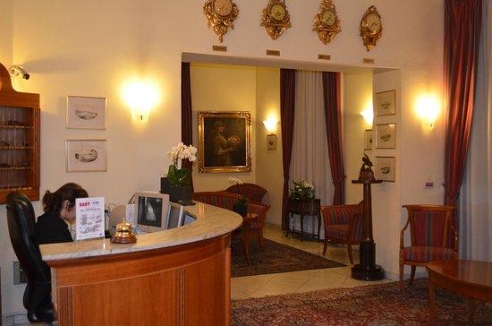 Hotel Saint George : Ресепшн