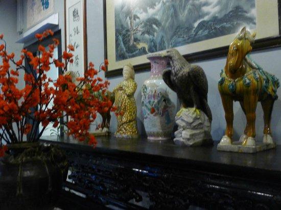 Hotel Puri : Antiques