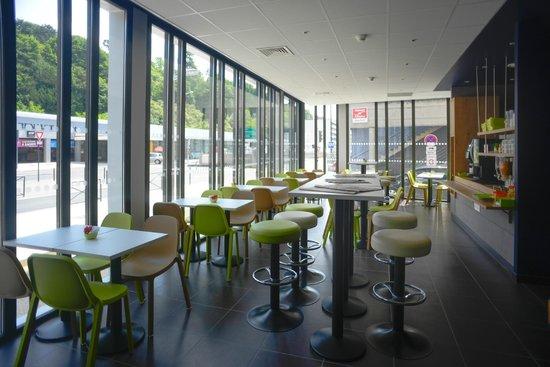 Ibis Budget Poitiers Centre Gare : Salle petit déjeuner