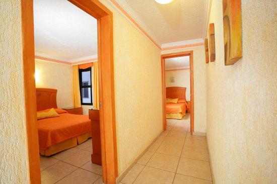 Foto De Hotel Puerta Del Sol Guadalajara Junior