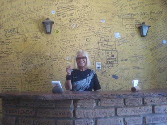 La Casa de las Empanadas Cafayate : les graffitis sur tous les murs
