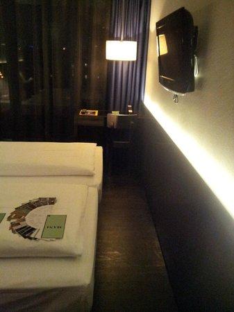 Hotel MANI: Small room