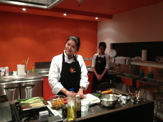 Yuki's Kitchen: Japanese Cooking Classes: Let's Roll Sushi class