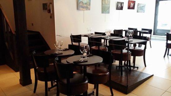 Roissy-en-France, Fransa: madame est servie