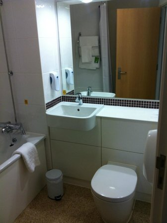 Premier Inn Weston-Super-Mare (Seafront) Hotel: Bathroom