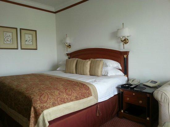 โรงแรมเดอะทัจมาฮาล: The comfortable bed