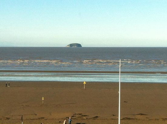 Premier Inn Weston-Super-Mare (Seafront) Hotel: View From Room 2
