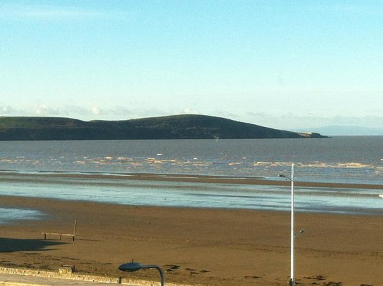 Premier Inn Weston-Super-Mare (Seafront) Hotel: View From Room 3
