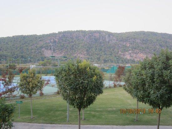 Hilton Dalaman Sarigerme Resort & Spa: Beautiful green hills