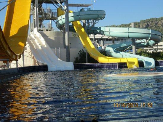 Hilton Dalaman Sarigerme Resort & Spa: Water sports pool