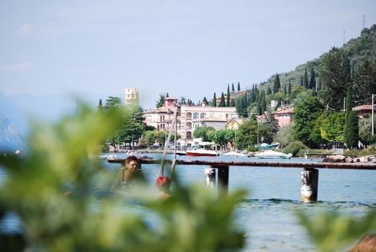 Hotel Residence Sirenella: bryggan vid Hotel Sirenella