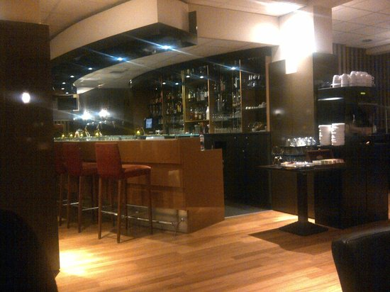 Hampshire Hotel - Savoy Rotterdam: Bar