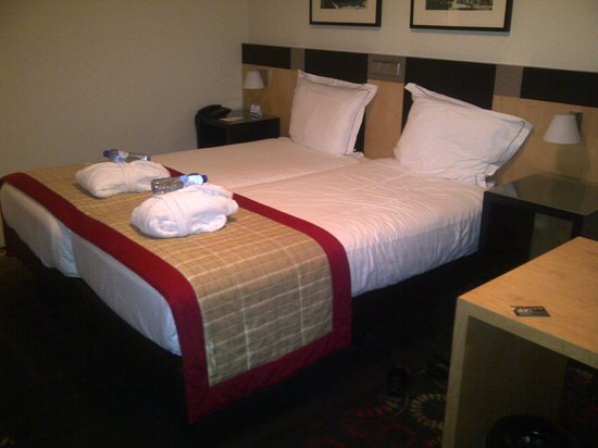 Hampshire Hotel - Savoy Rotterdam: Room