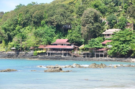 LaLaanta Hideaway Resort: View from the beach