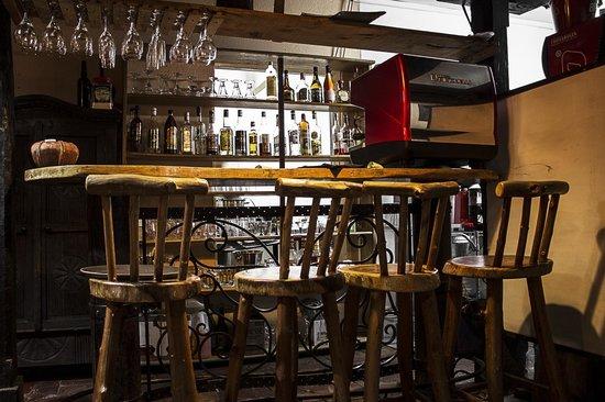 La Toscana: El bar.
