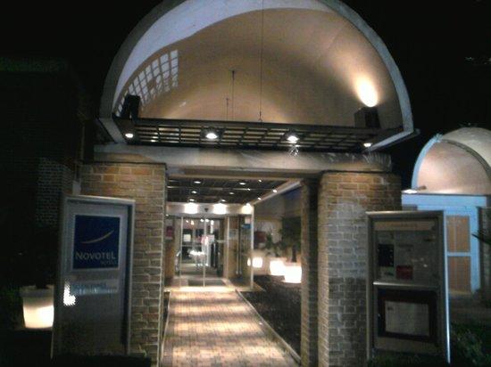 Novotel Valenciennes Aerodrome : Hotel Novotel